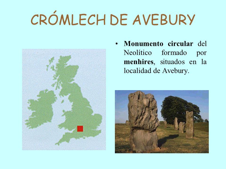 CRÓMLECH DE AVEBURYMonumento circular del Neolítico formado por menhires, situados en la localidad de Avebury.
