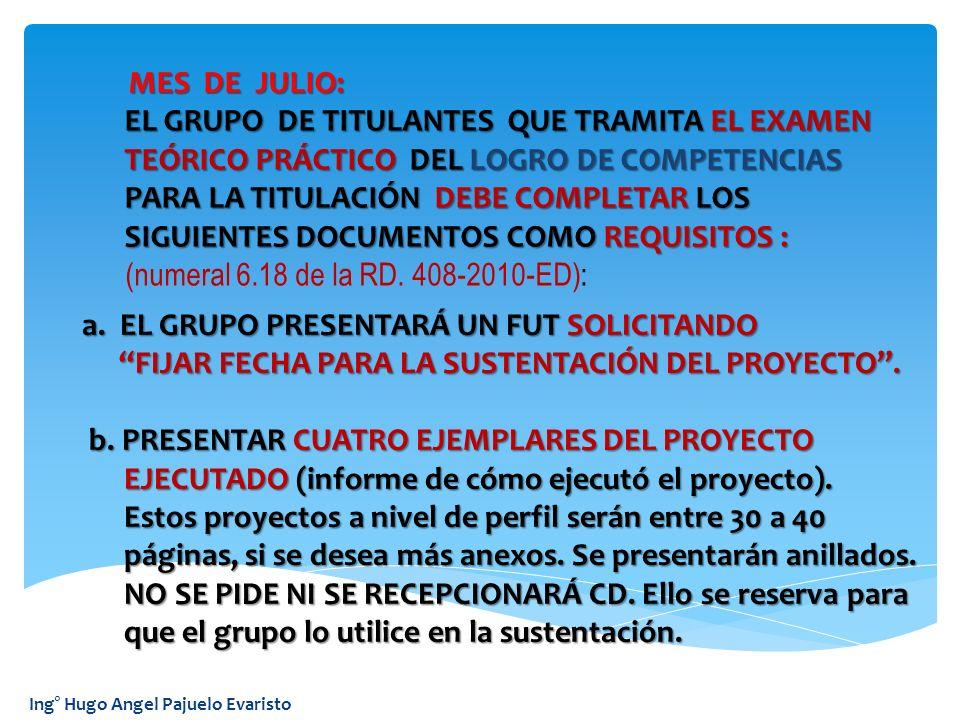 EL GRUPO DE TITULANTES QUE TRAMITA EL EXAMEN