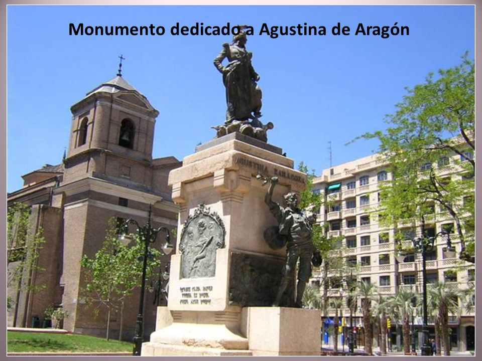 Monumento dedicado a Agustina de Aragón