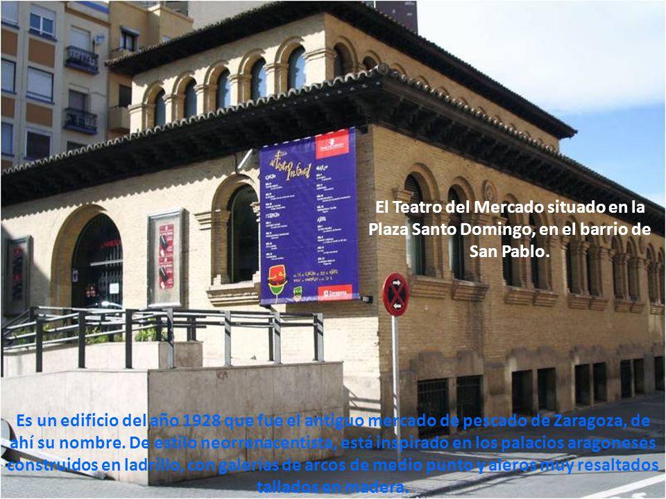 El Teatro del Mercado situado en la Plaza Santo Domingo, en el barrio de San Pablo.