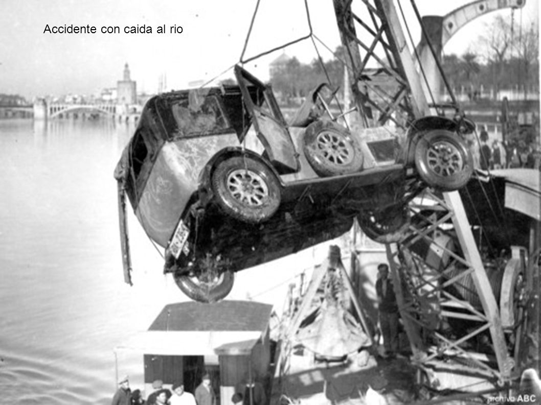 Accidente con caida al rio
