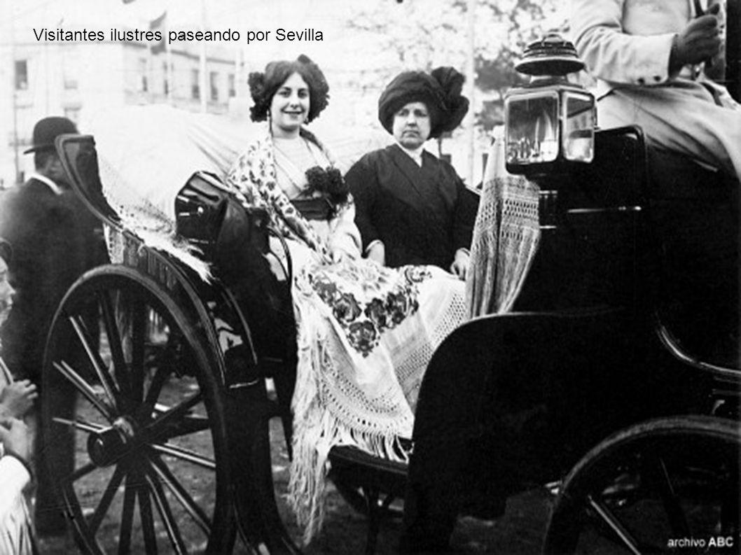 Visitantes ilustres paseando por Sevilla