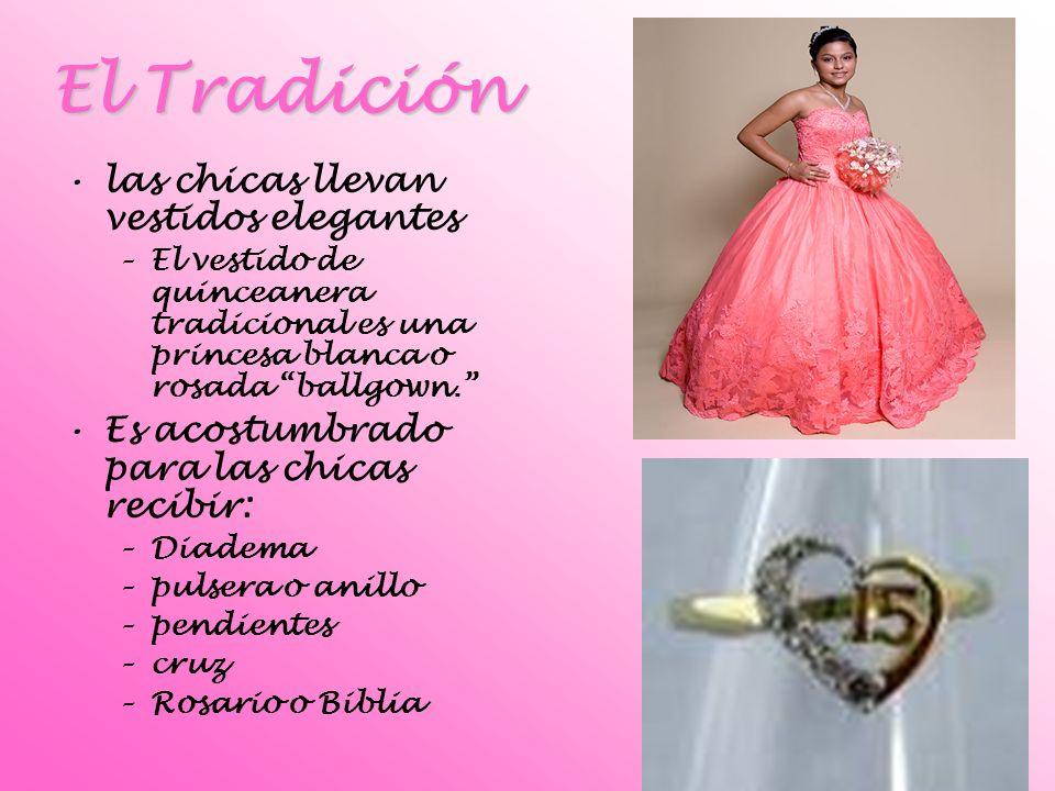 El Tradición las chicas llevan vestidos elegantes