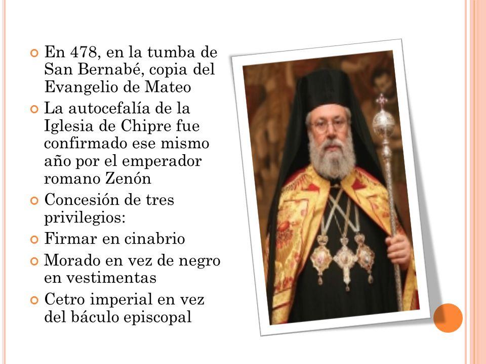 En 478, en la tumba de San Bernabé, copia del Evangelio de Mateo
