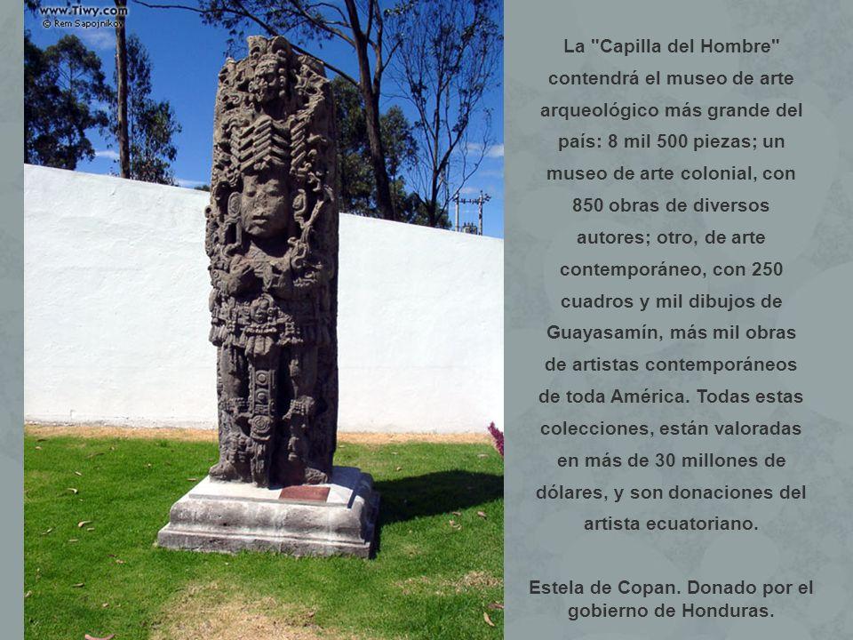 Estela de Copan. Donado por el gobierno de Honduras.