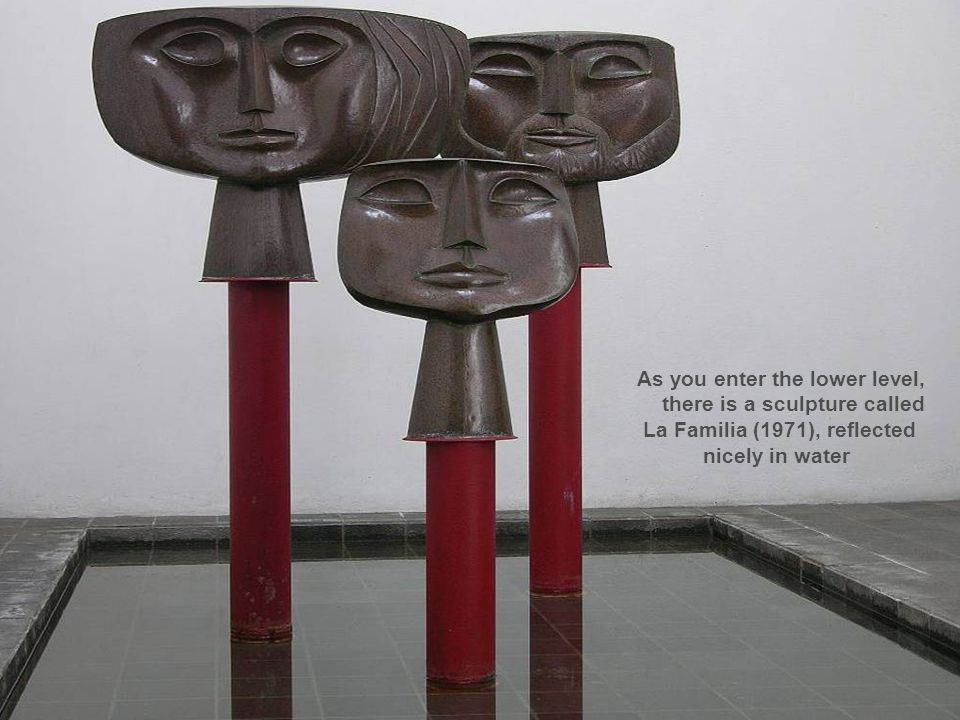 La Familia (1971), reflected nicely in water