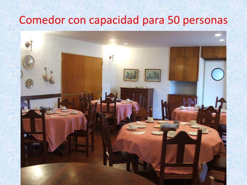 Comedor con capacidad para 50 personas