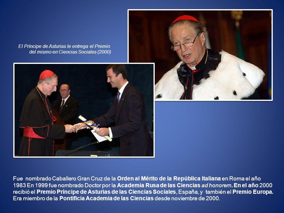 El Príncipe de Asturias le entrega el Premio
