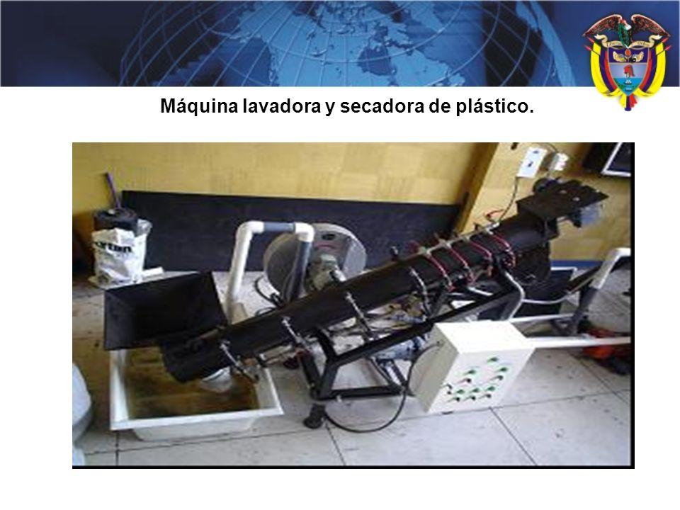 Máquina lavadora y secadora de plástico.