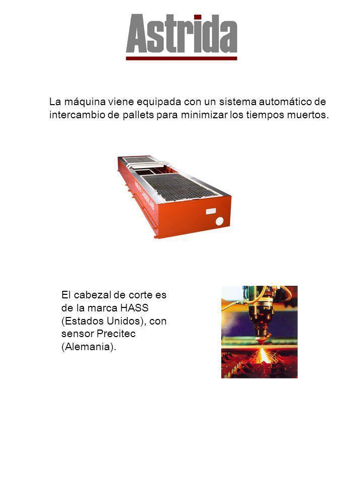 La máquina viene equipada con un sistema automático de intercambio de pallets para minimizar los tiempos muertos.