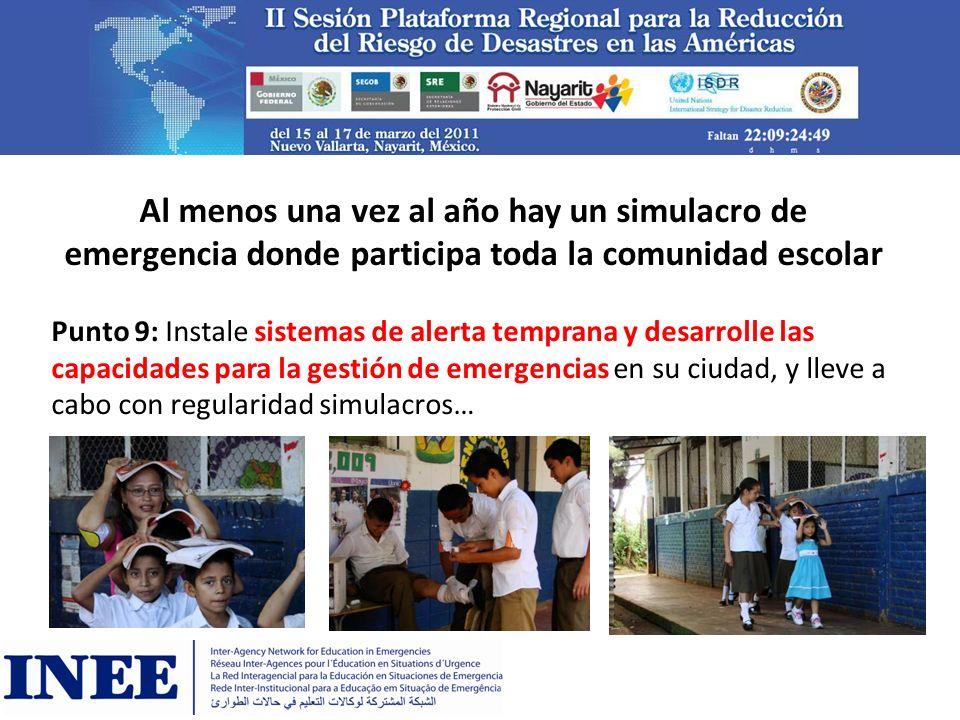 Al menos una vez al año hay un simulacro de emergencia donde participa toda la comunidad escolar