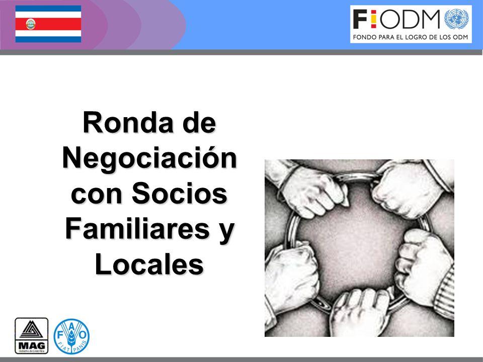 con Socios Familiares y Locales