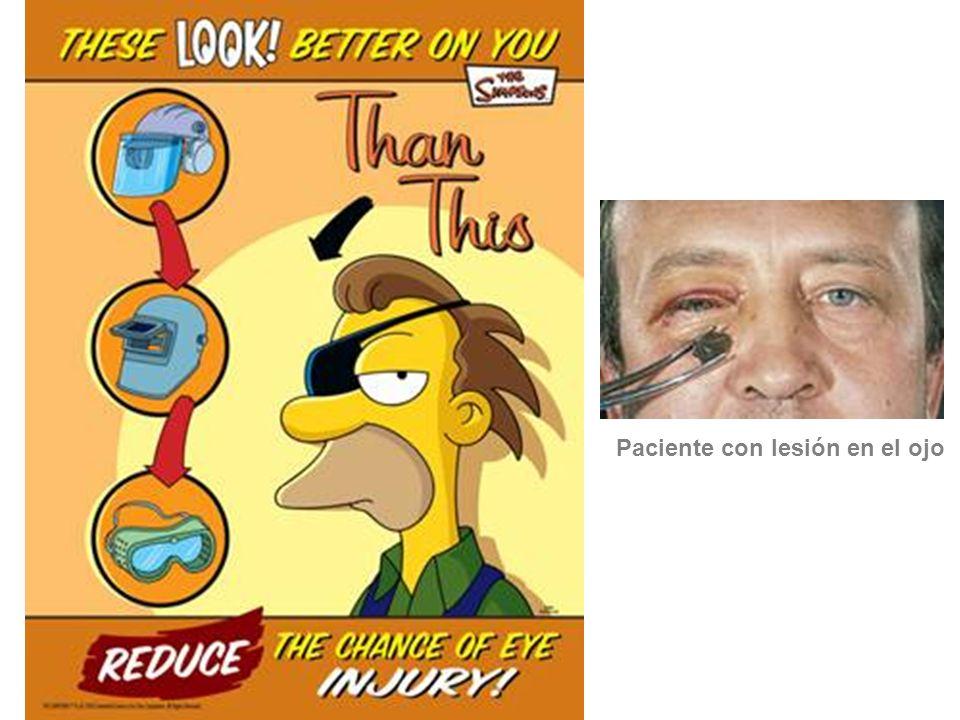 Paciente con lesión en el ojo