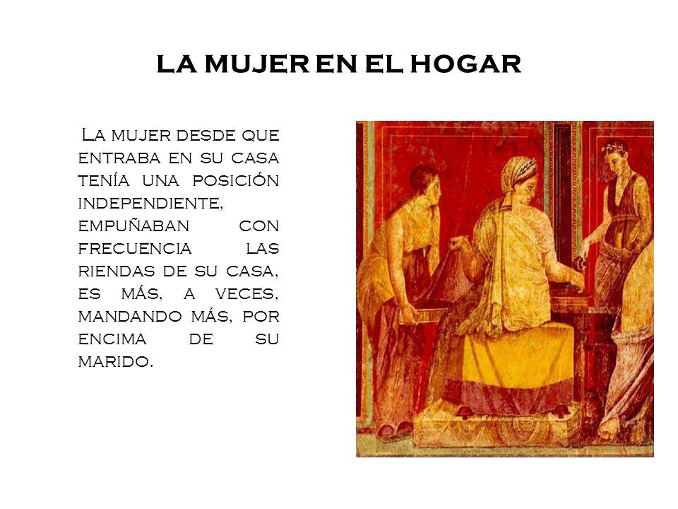 LA MUJER EN EL HOGAR