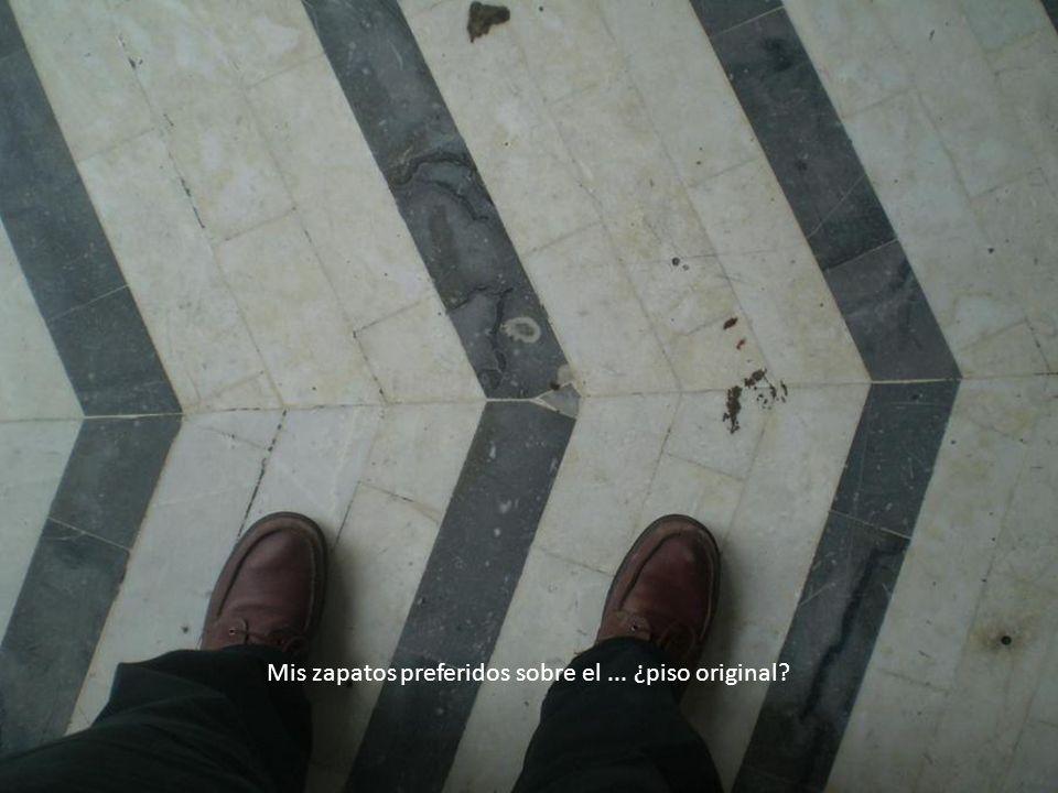 Mis zapatos preferidos sobre el ... ¿piso original
