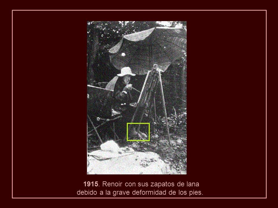 1915. Renoir con sus zapatos de lana
