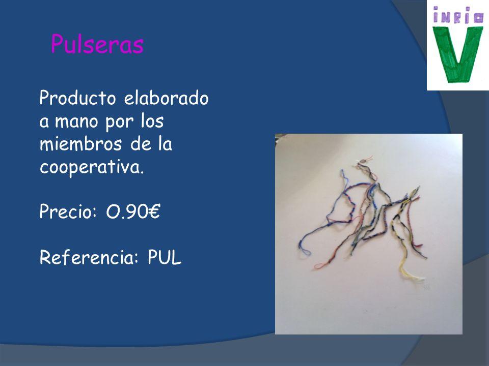 Pulseras Producto elaborado a mano por los miembros de la cooperativa.