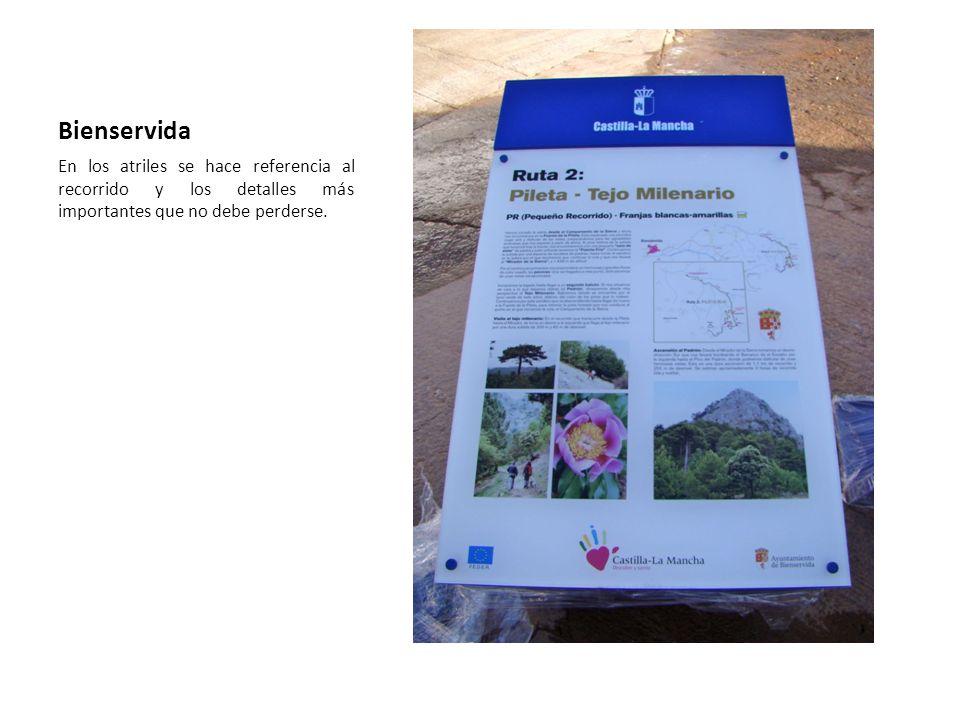 Bienservida En los atriles se hace referencia al recorrido y los detalles más importantes que no debe perderse.
