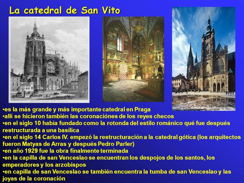 La catedral de San Vito es la más grande y más importante catedral en Praga. allí se hicieron también las coronaciónes de los reyes checos.