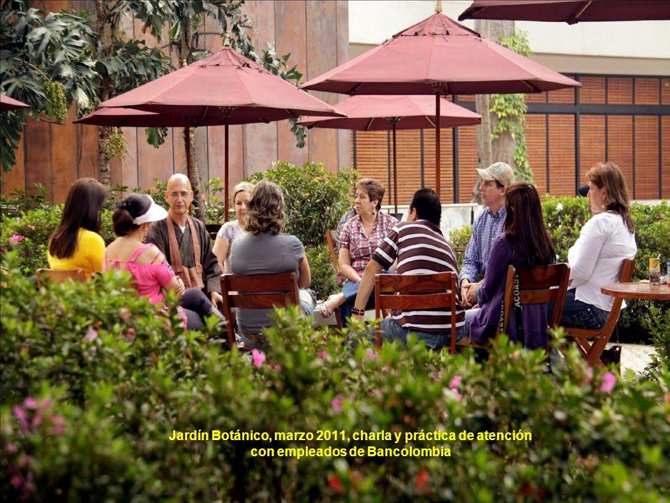 Jardín Botánico, marzo 2011, charla y práctica de atención con empleados de Bancolombia