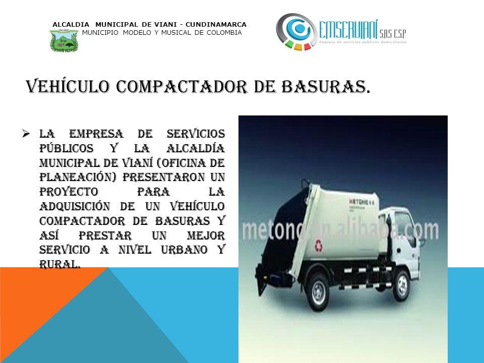 Vehículo compactador de basuras.