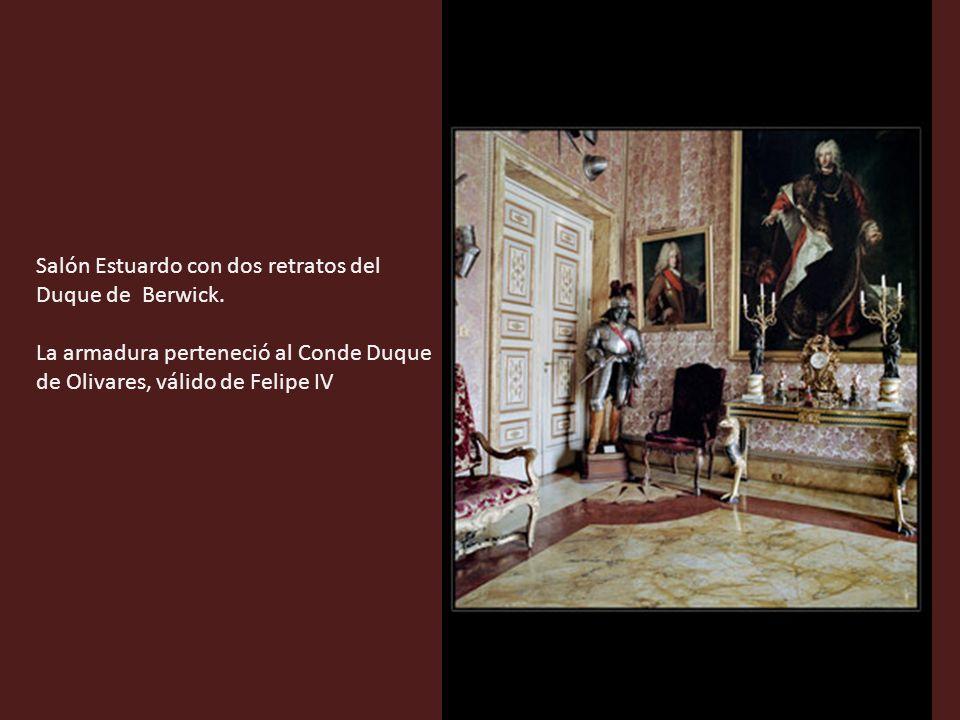 Salón Estuardo con dos retratos del Duque de Berwick.