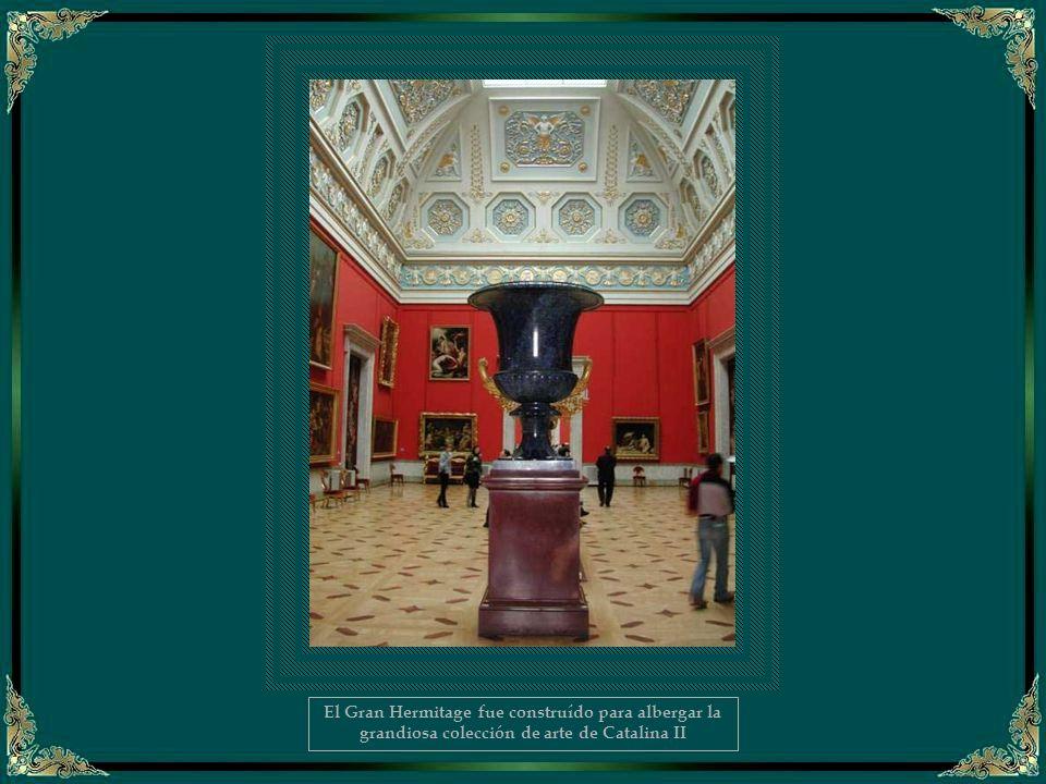 El Gran Hermitage fue construído para albergar la grandiosa colección de arte de Catalina II