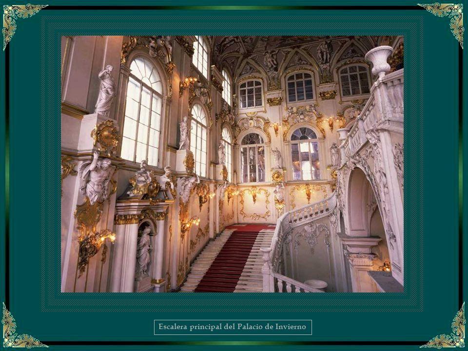 Escalera principal del Palacio de Invierno