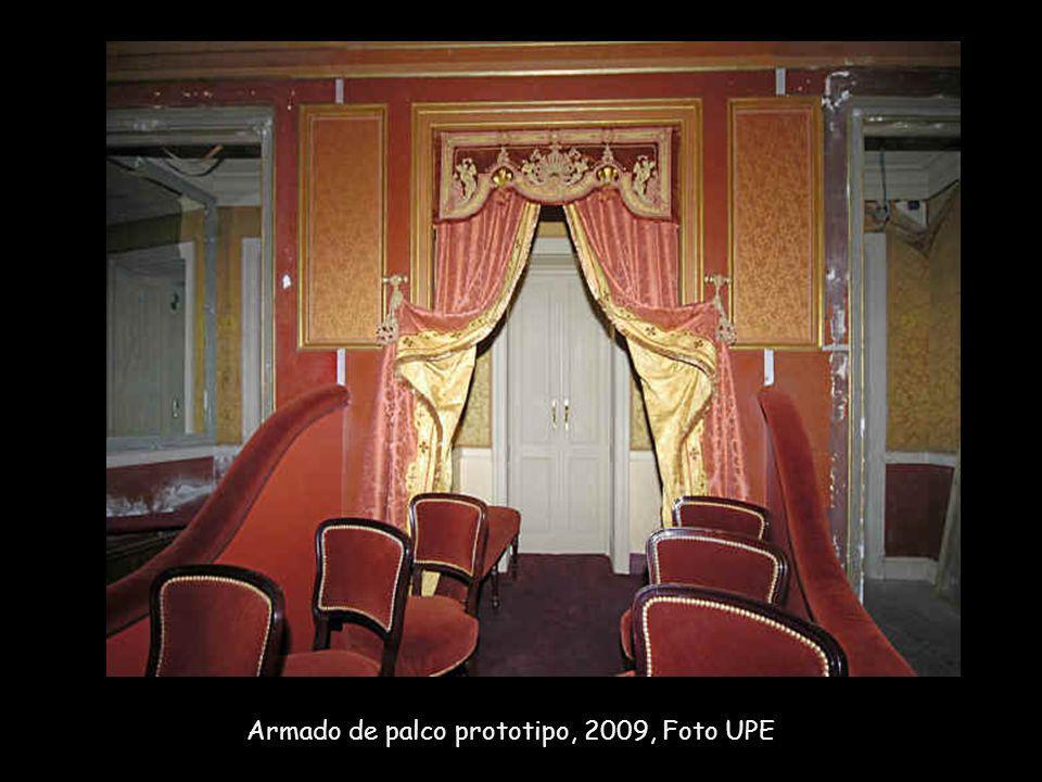 Armado de palco prototipo, 2009, Foto UPE