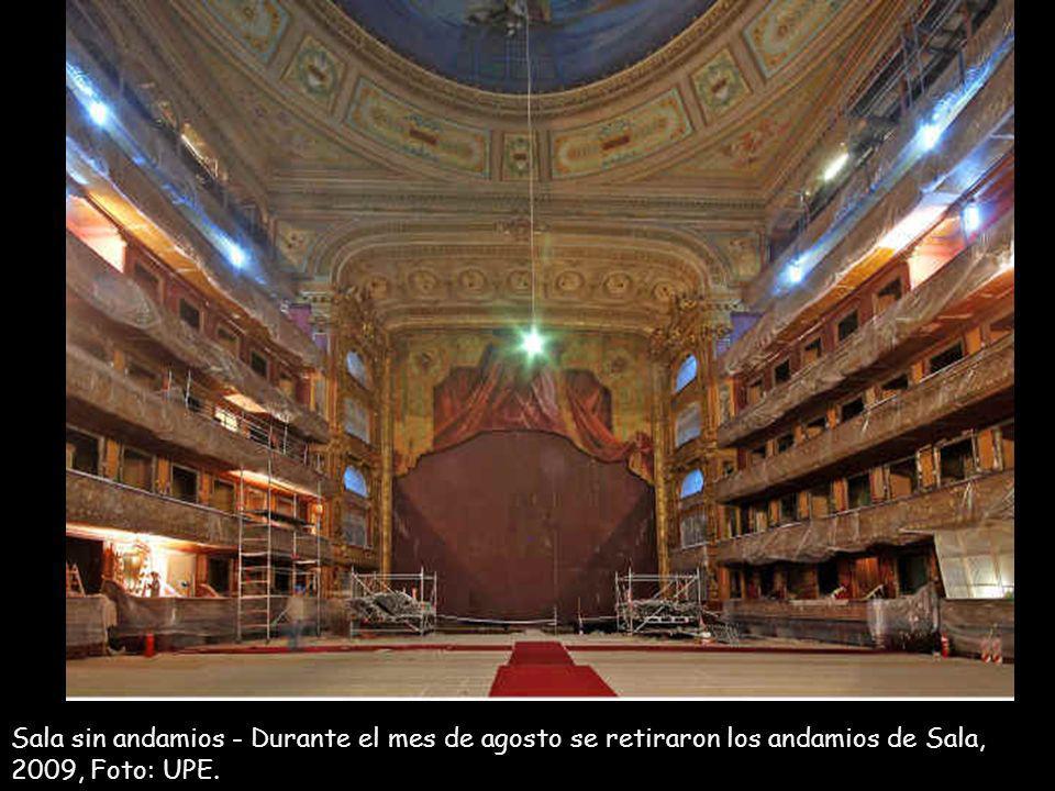 Sala sin andamios - Durante el mes de agosto se retiraron los andamios de Sala, 2009, Foto: UPE.