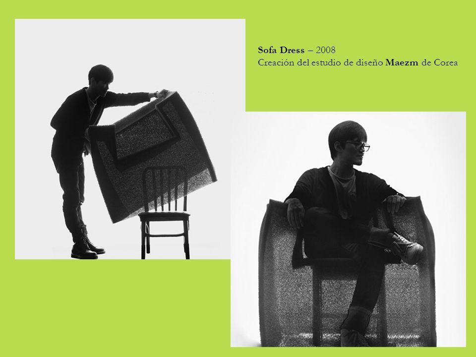 Sofa Dress – 2008 Creación del estudio de diseño Maezm de Corea