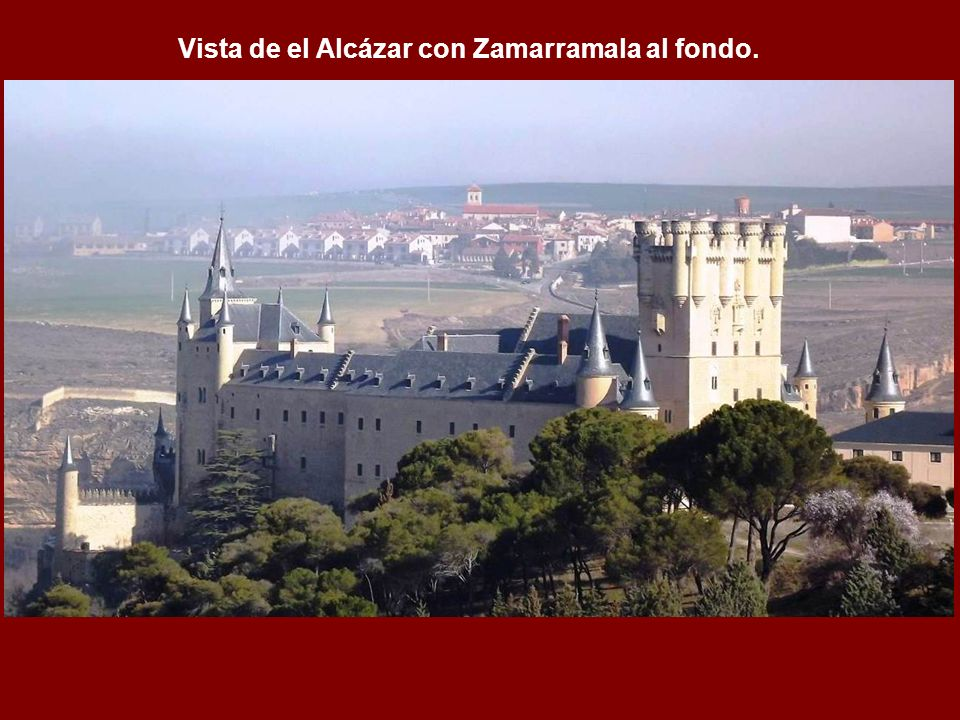 Vista de el Alcázar con Zamarramala al fondo.