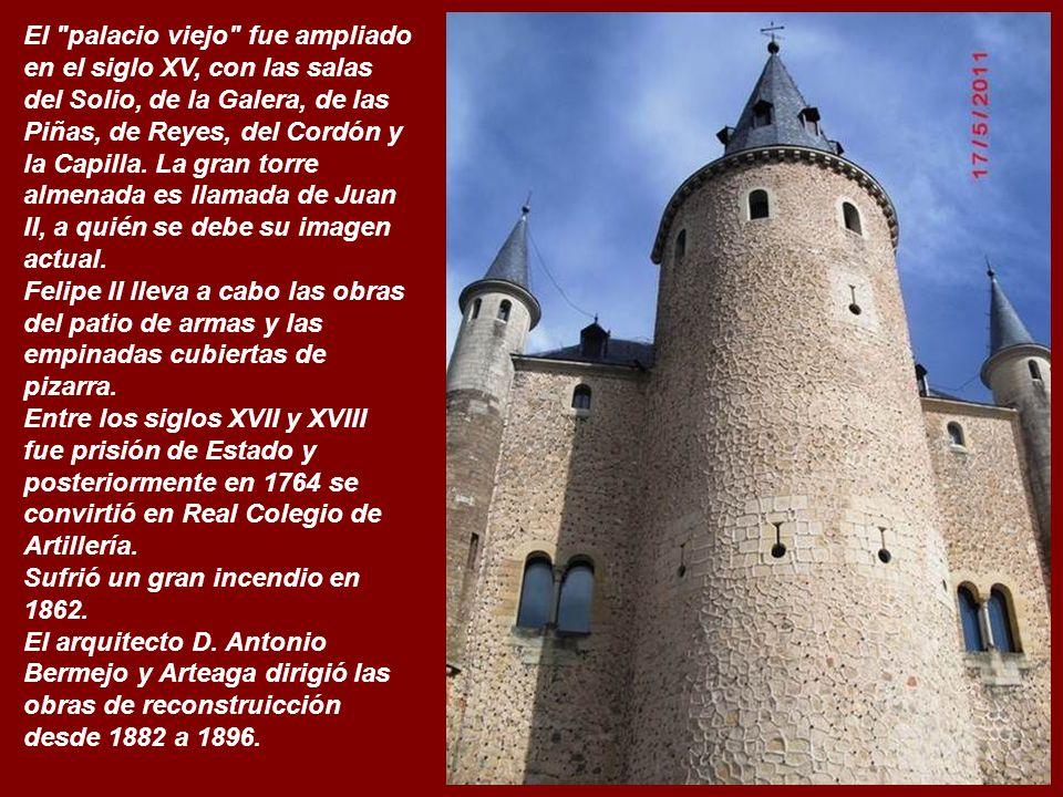 El palacio viejo fue ampliado en el siglo XV, con las salas del Solio, de la Galera, de las Piñas, de Reyes, del Cordón y la Capilla. La gran torre almenada es llamada de Juan II, a quién se debe su imagen actual.