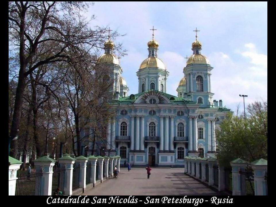 Catedral de San Nicolás - San Petesburgo - Rusia