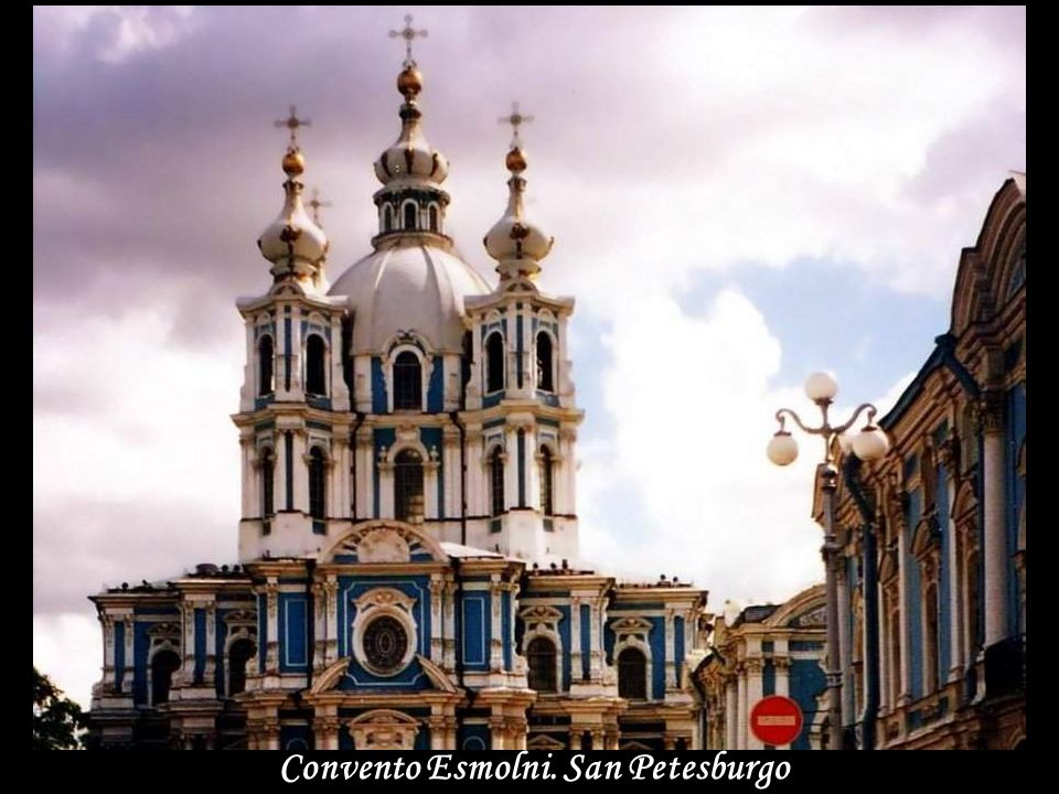 Convento Esmolni. San Petesburgo