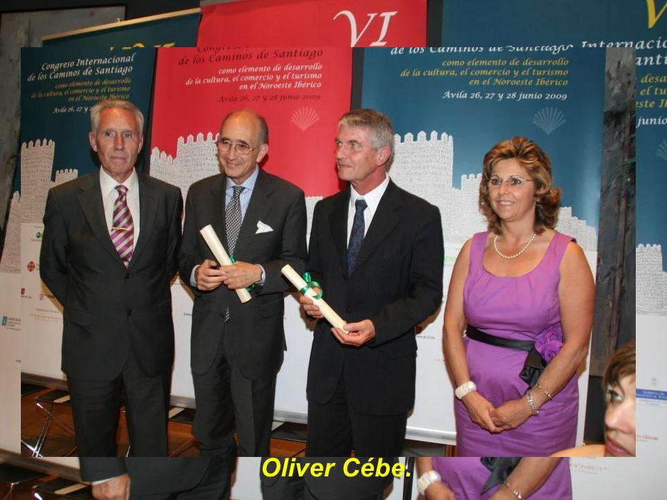 Diploma para D. José María Ballester y para el Profesor Oliver Cébe.