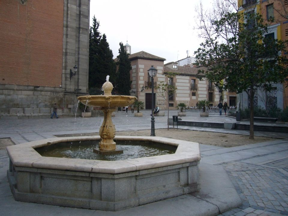 Plaza Puerta de Moros