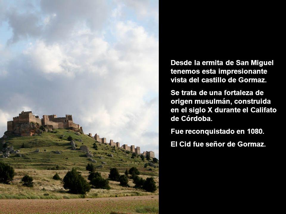 Desde la ermita de San Miguel tenemos esta impresionante vista del castillo de Gormaz.