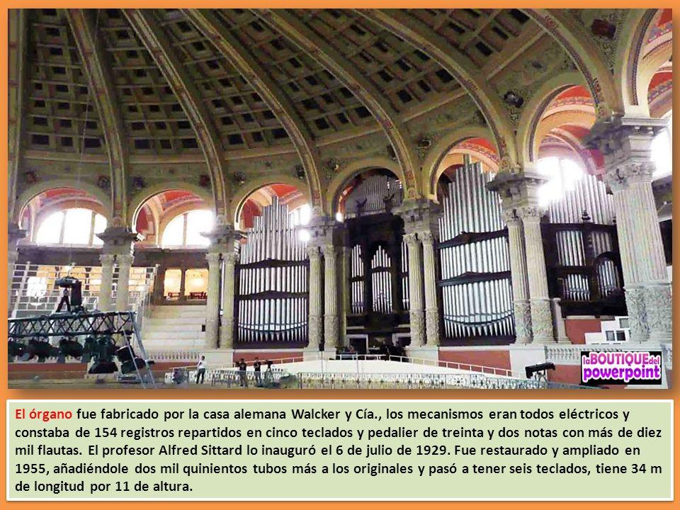 El órgano fue fabricado por la casa alemana Walcker y Cía