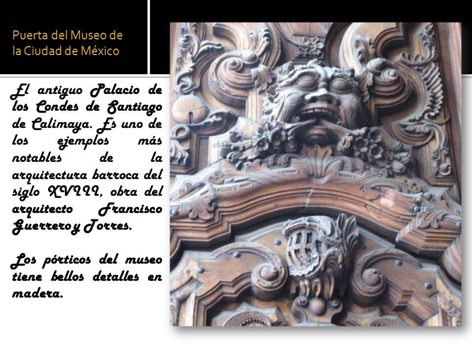 Puerta del Museo de la Ciudad de México