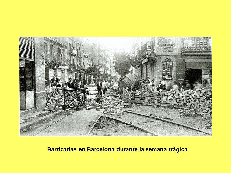 Barricadas en Barcelona durante la semana trágica