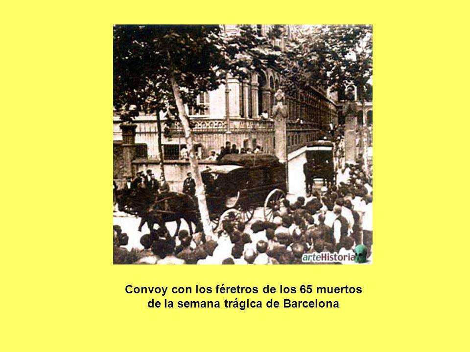 Convoy con los féretros de los 65 muertos