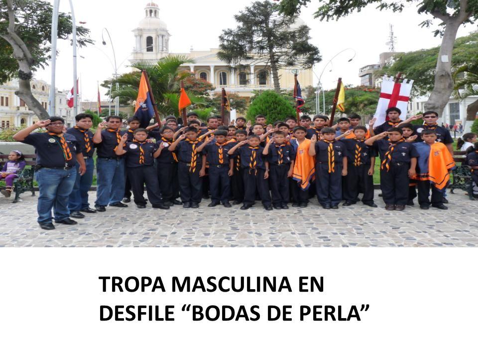 TROPA MASCULINA EN DESFILE BODAS DE PERLA