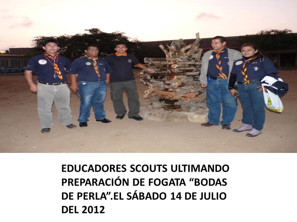 EDUCADORES SCOUTS ULTIMANDO PREPARACIÓN DE FOGATA BODAS DE PERLA