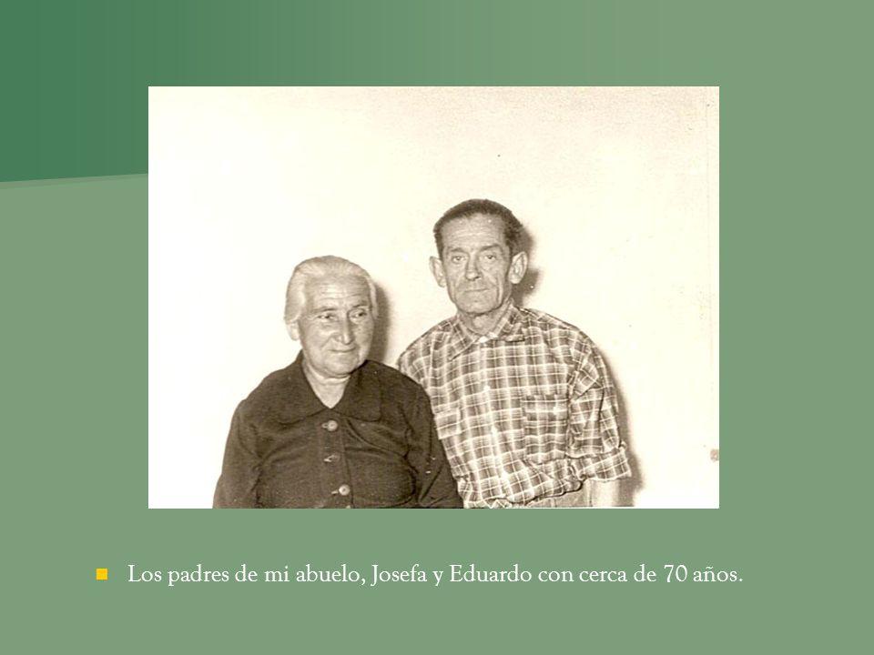 Los padres de mi abuelo, Josefa y Eduardo con cerca de 70 años.