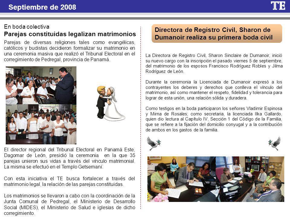 Septiembre de 2008 En boda colectiva. Parejas constituidas legalizan matrimonios.
