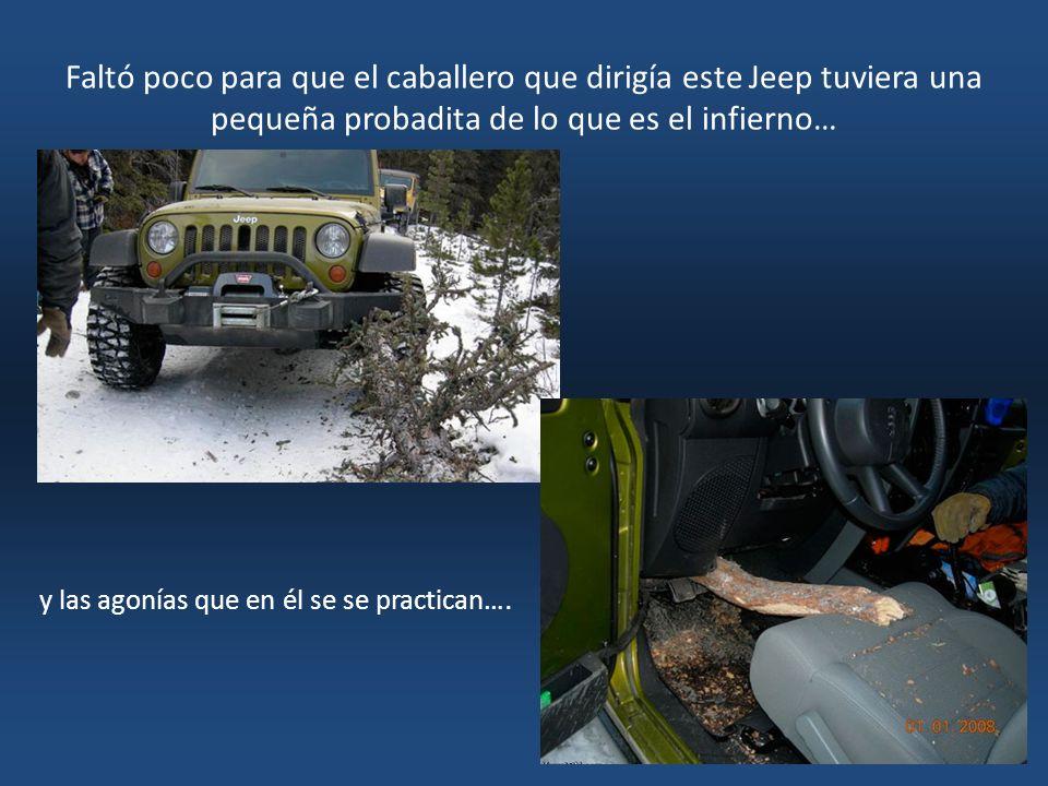 Faltó poco para que el caballero que dirigía este Jeep tuviera una pequeña probadita de lo que es el infierno…