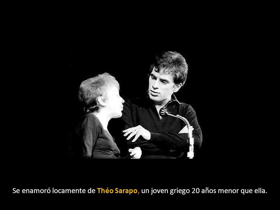 Se enamoró locamente de Théo Sarapo, un joven griego 20 años menor que ella.