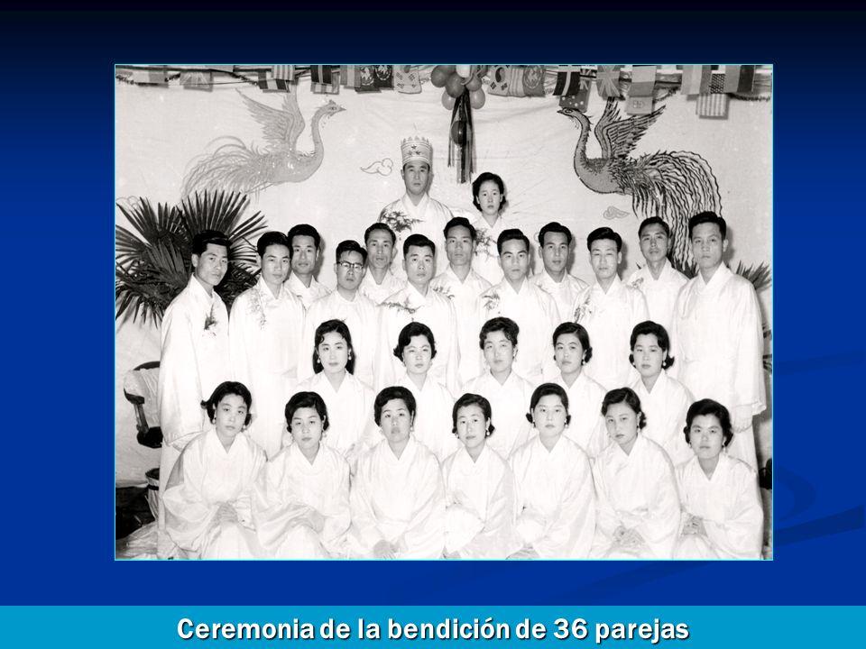 Ceremonia de la bendición de 36 parejas