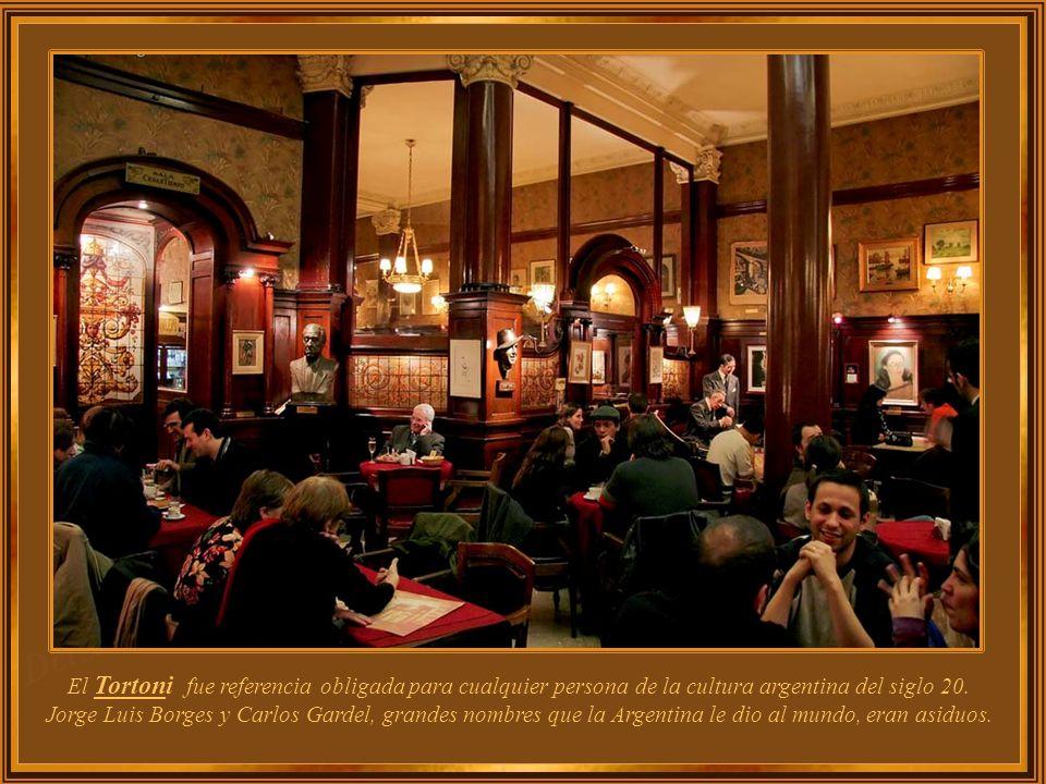 El Tortoni fue referencia obligada para cualquier persona de la cultura argentina del siglo 20.